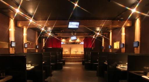 【関西】大阪で行くべきホストクラブ10選!大型店や有名ホスト在籍のお店など…